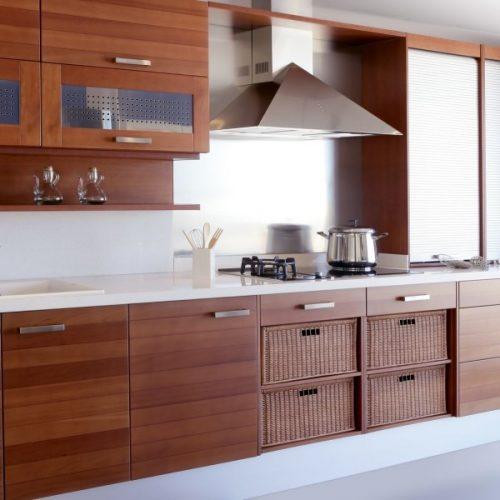 מטבח מעוצב מעץ דבקון